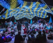 Acclaimed Burning Man artist lights up Discovery Green for the Holidays